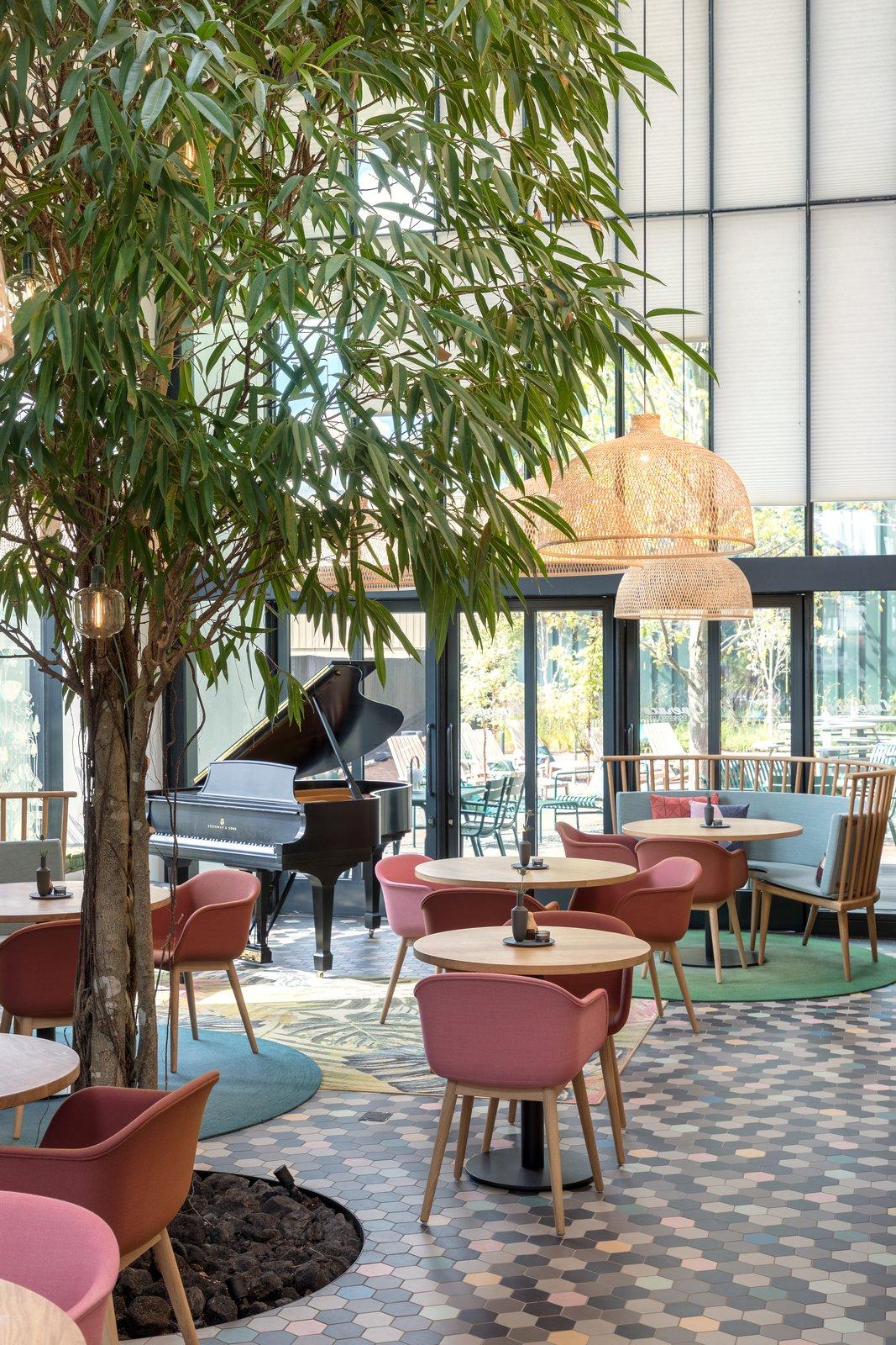 Mẫu thiết kế quán cafe không gian mở